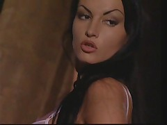 LINGERIES...(French Complete Movie) F70