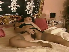 Hairy Mature Woman Gets A Nice Fucking Classic Porn