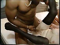2 BBW GRANNIES FUCK BLACK DICK