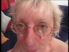 Granny in Glasses Loves to Fuck