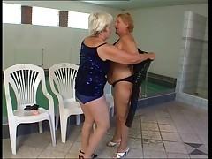 Granny lotta lesbianic love that..