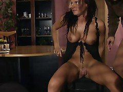 Mature pump pussy and let's go !