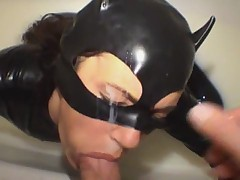 Deep Throat - MILF in Latex