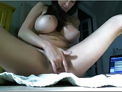 Cam masturbate girl