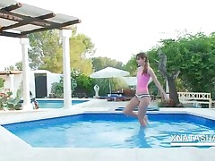 Two Horny Lesbo Lovers Playing In The Pool