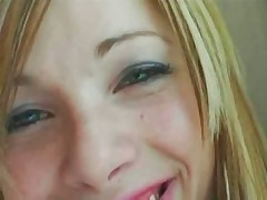 Hot Young Girl Has Great Sex In a Hotelerotic