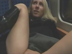 Amateur couple fucking on a train